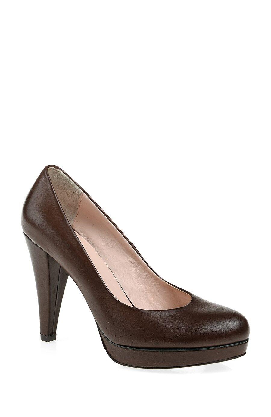 George Hogg Kahverengi Topuklu Ayakkabı