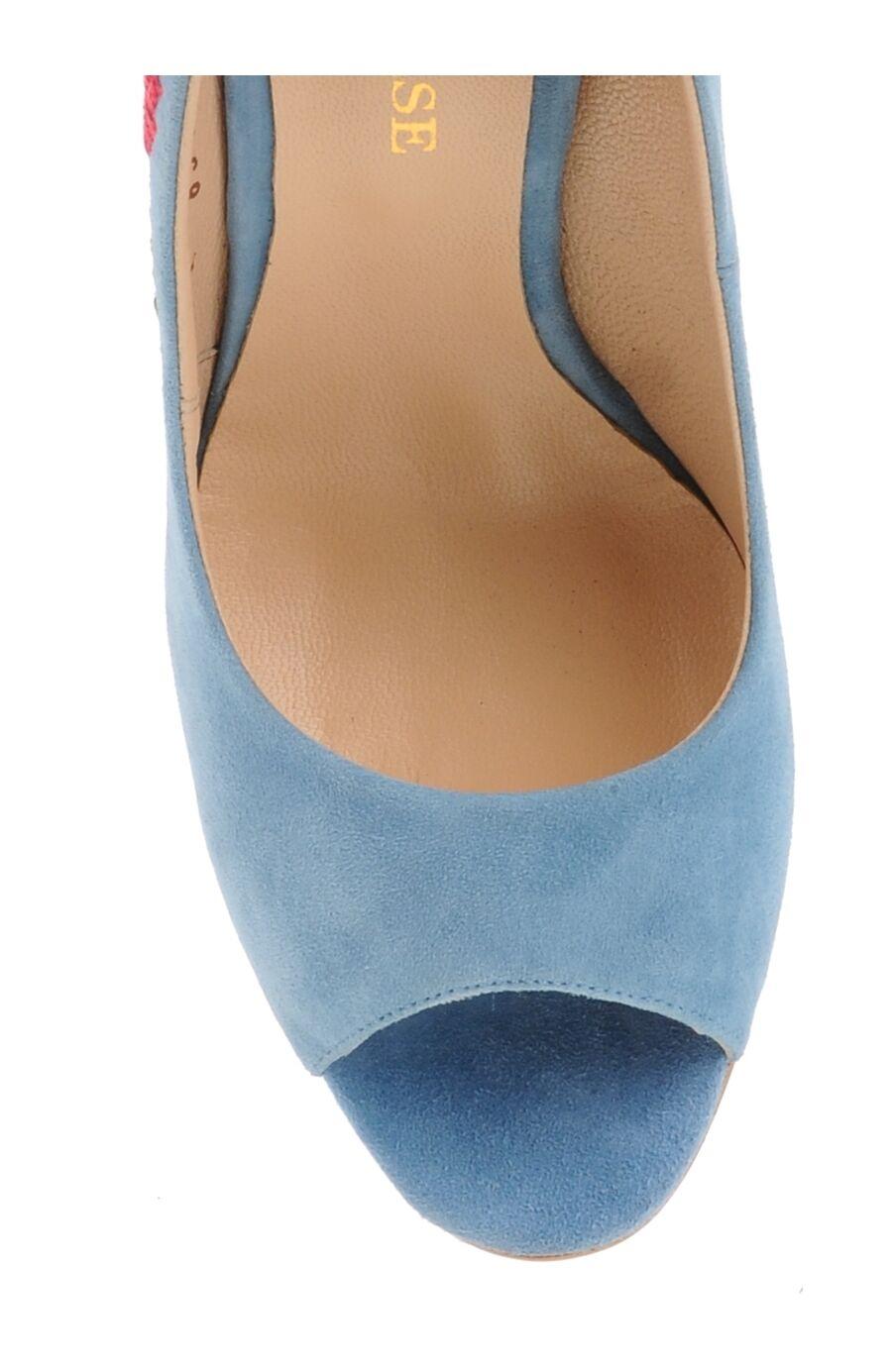 İşlemeli Mavi Topuklu Ayakkabı