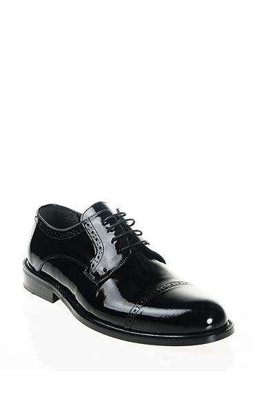 Zımbalı Tasarım Rugan Ayakkabı