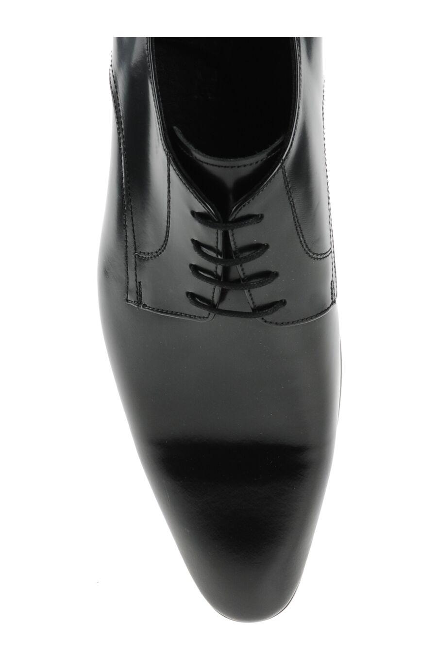 Sivri Burunlu Siyah Deri Ayakkabı