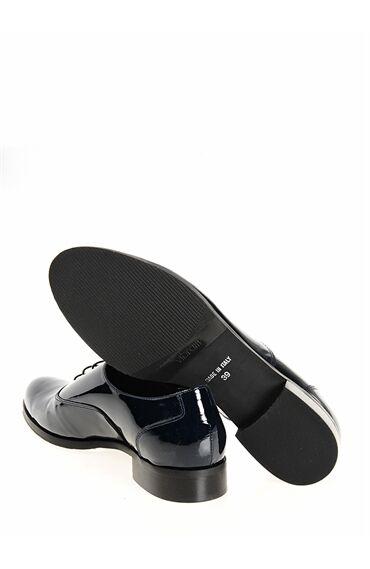Bağcıklı Lacivert Rugan Ayakkabı
