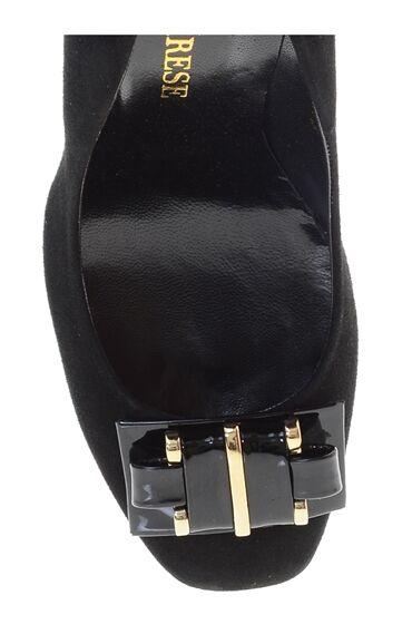 Tokalı Siyah Süet Topuklu Ayakkabı
