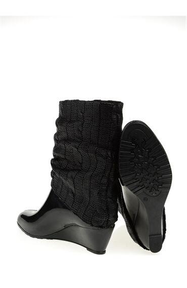 Siyah Yağmur Çizmesi