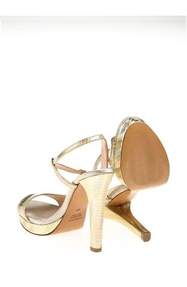 Topuklu Bej Deri Ayakkabı