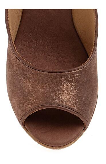 Topuklu Kahverengi Ayakkabı
