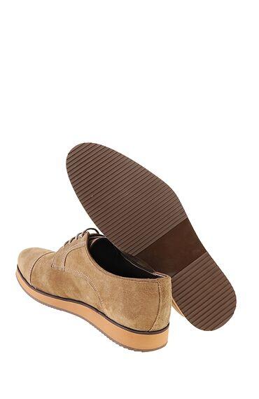 Bağcıklı Kum Rengi Ayakkabı