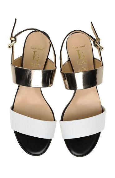 Bantlı Deri Sandalet