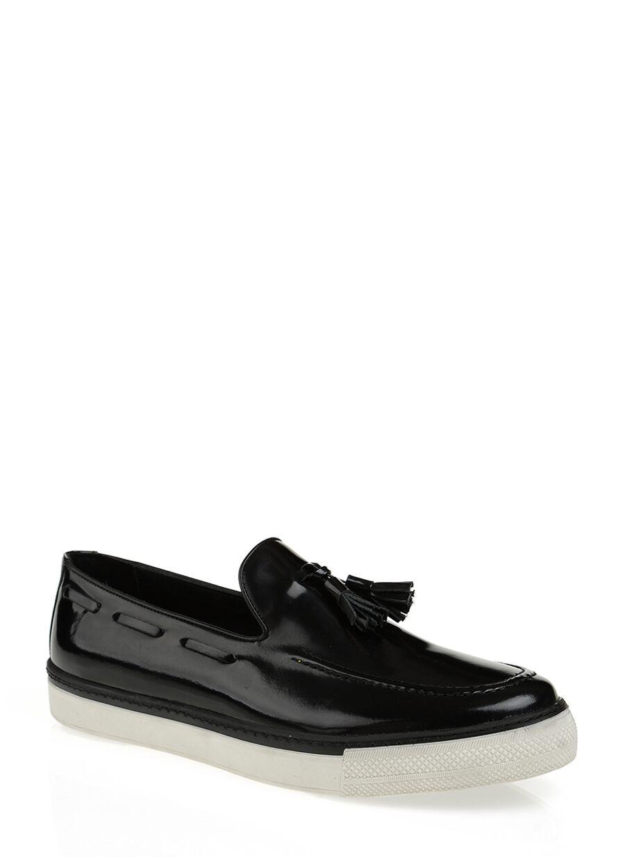 Püsküllü Siyah Loafer