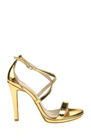 Bantlı Sandalet