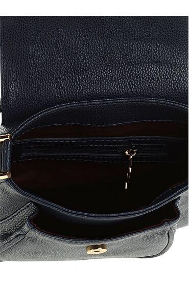 Püskül Detaylı Lacivert Çanta