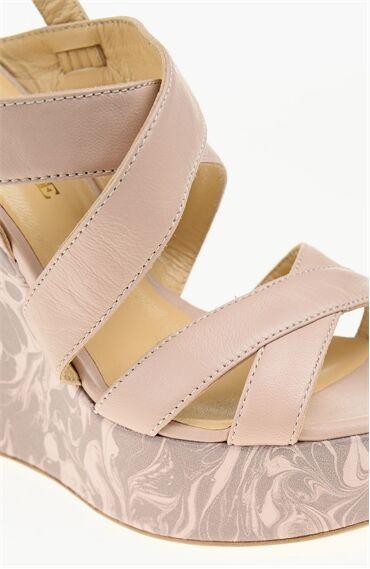 Pembe Sandalet