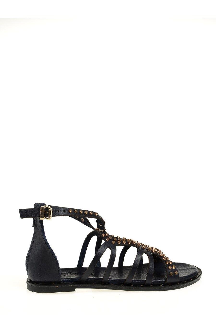 Trok Detaylı Lacivert Sandalet