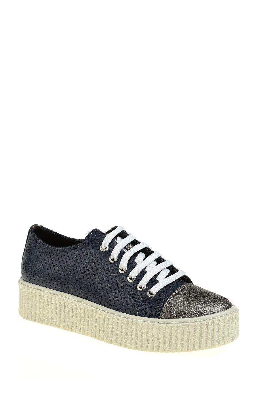 Gümüş Detaylı Lacivert Sneaker