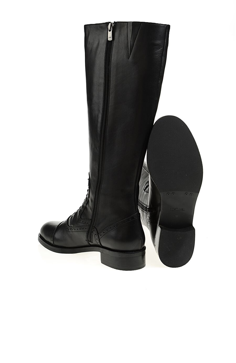 Zımba Desenli Siyah Çizme