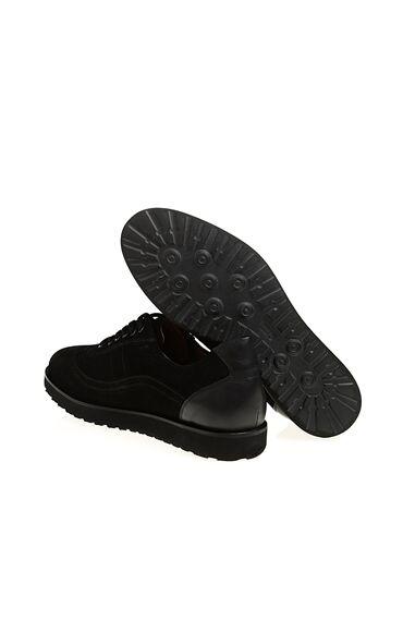 Deri Detaylı Süet Ayakkabı