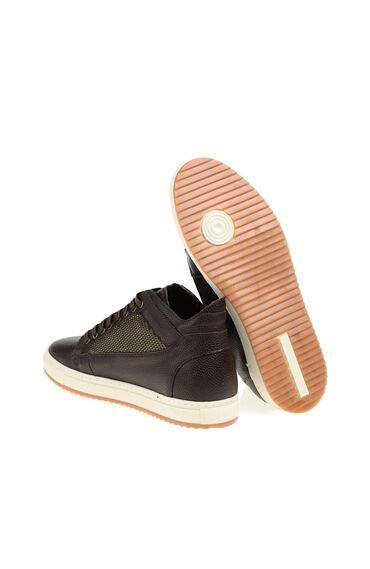 Kahverengi Sneaker Bot