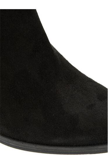 Toka Detaylı Siyah Bot