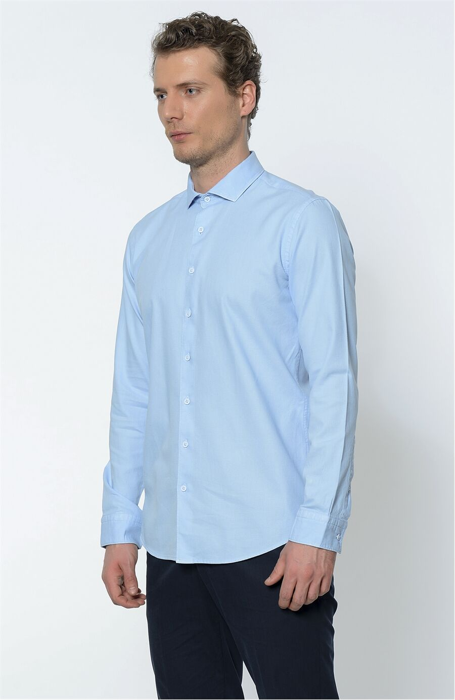 Açık Mavi Gömlek
