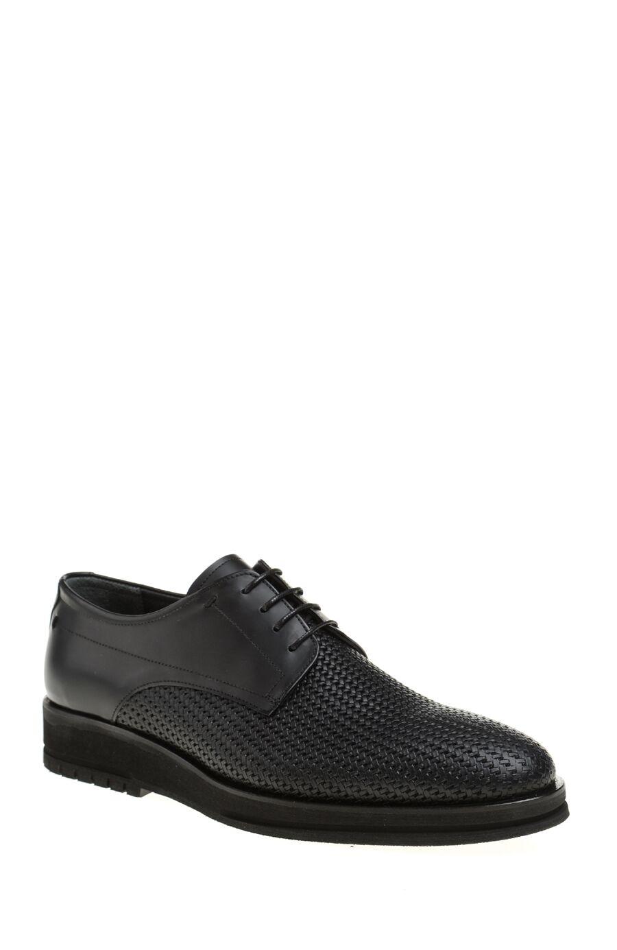Örgü Desenli Siyah Ayakkabı