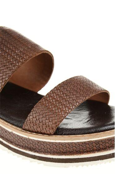 Kahverengi Sandalet