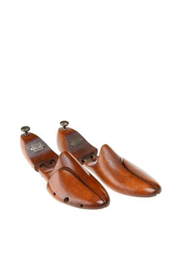 Kahverengi Spiralli Ahsap Erkek Ayakkabı Kalıbı