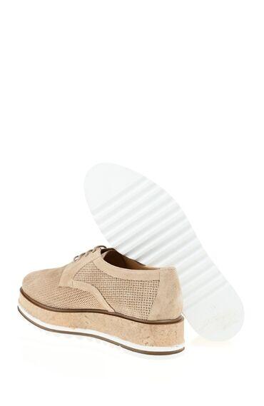 Mantar Tabanlı Deri Ayakkabı