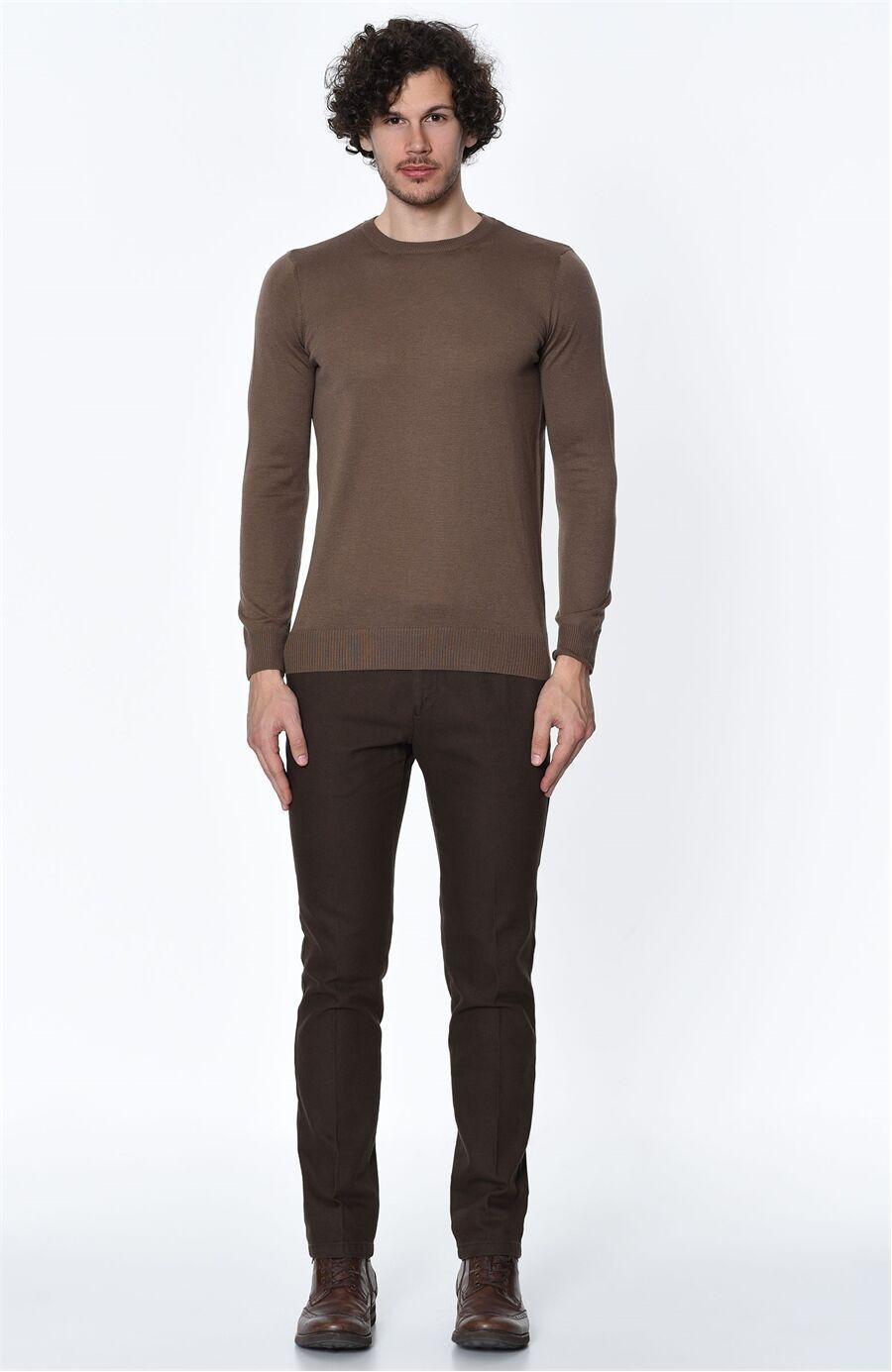 Diyagonal Rahat Kesim Fındık Rengi Pantolon