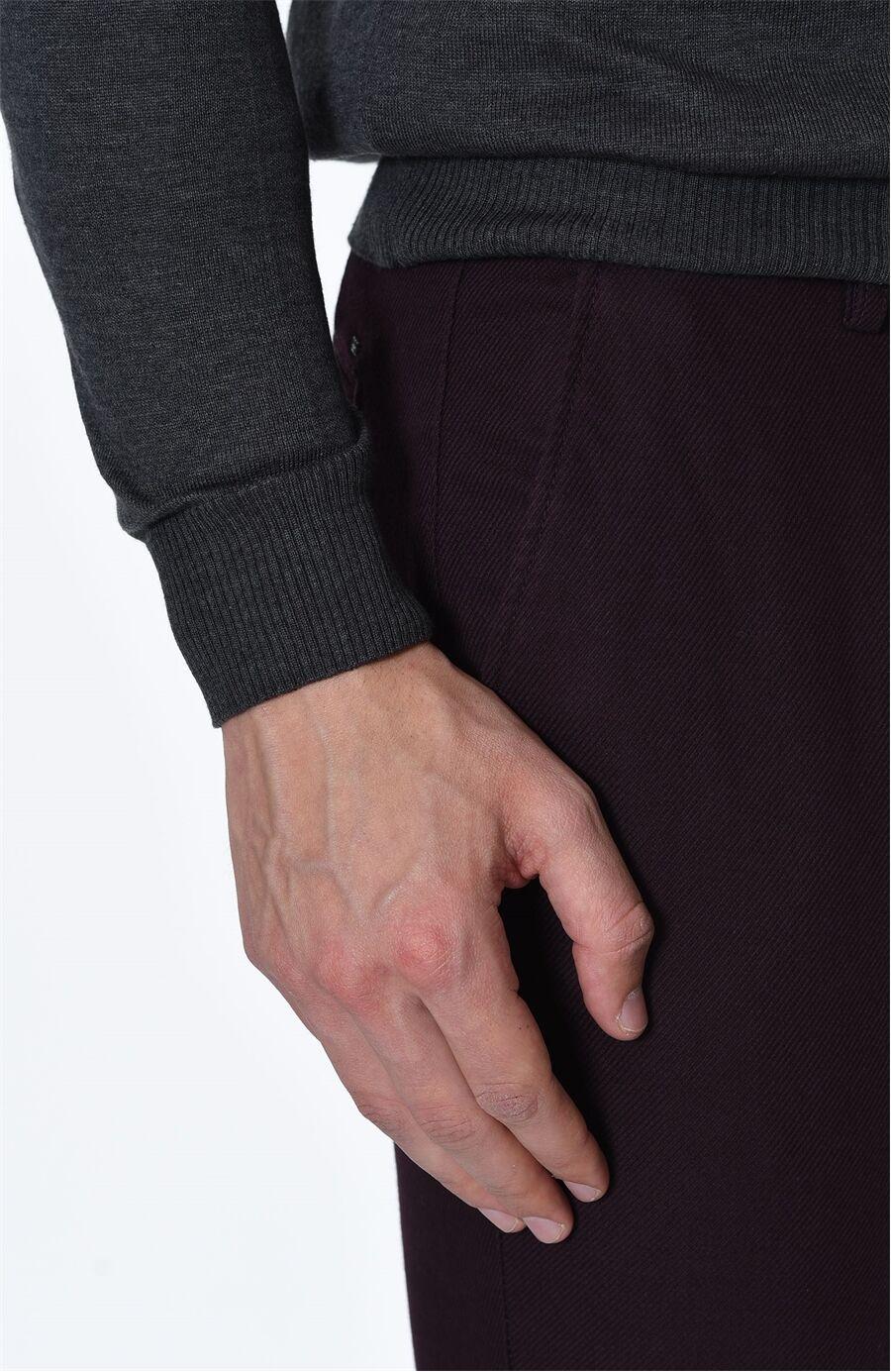 Diyagonal Rahat Kesim Mürdüm Pantolon
