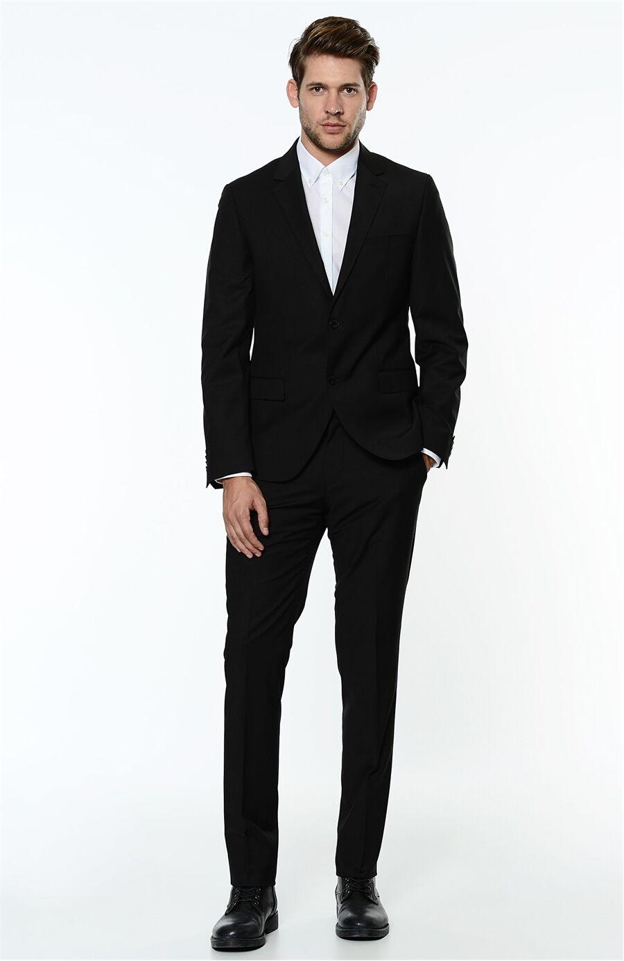 Rahat Kesim Siyah Takım Elbise