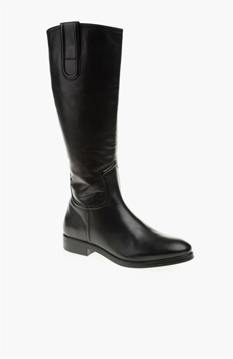 Dıvarese Siyah Çizme – 399.0 TL