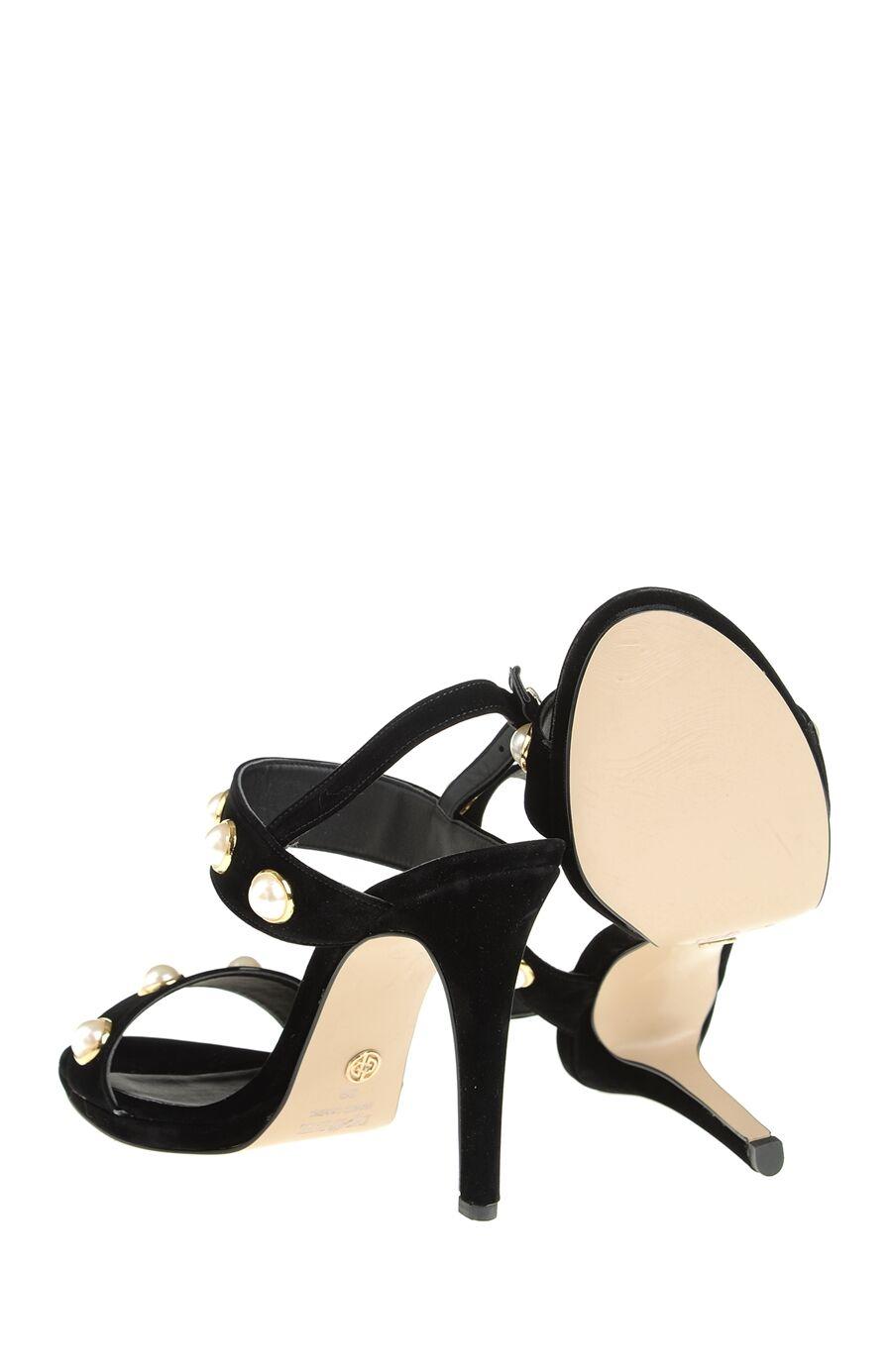 Taşlı Siyah Sandalet