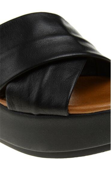 Topuklu Siyah Kadın Terlik