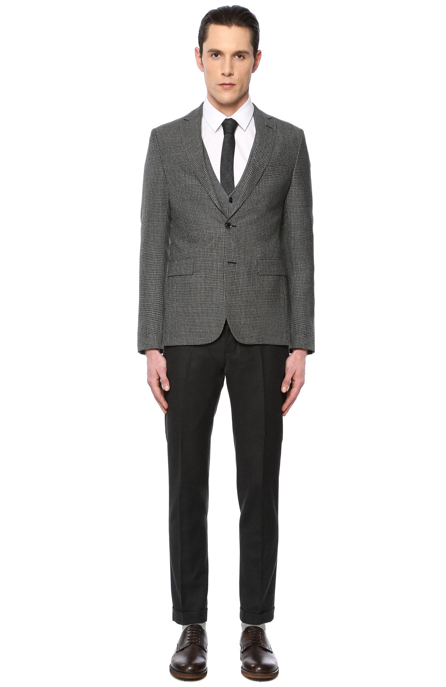 b78c893151ad3 Erkek Takım Elbise Modelleri ve Fiyatları