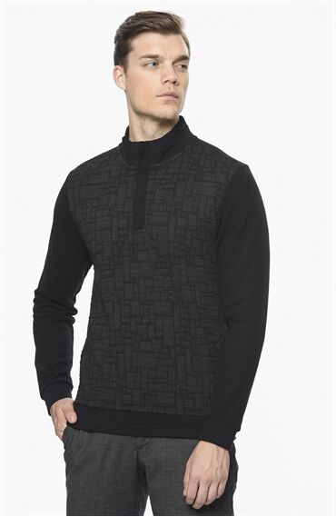 Jakarlı Siyah Sweatshirt