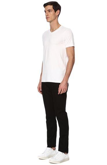 V Yaka Slım Fit Beyaz Tshirt