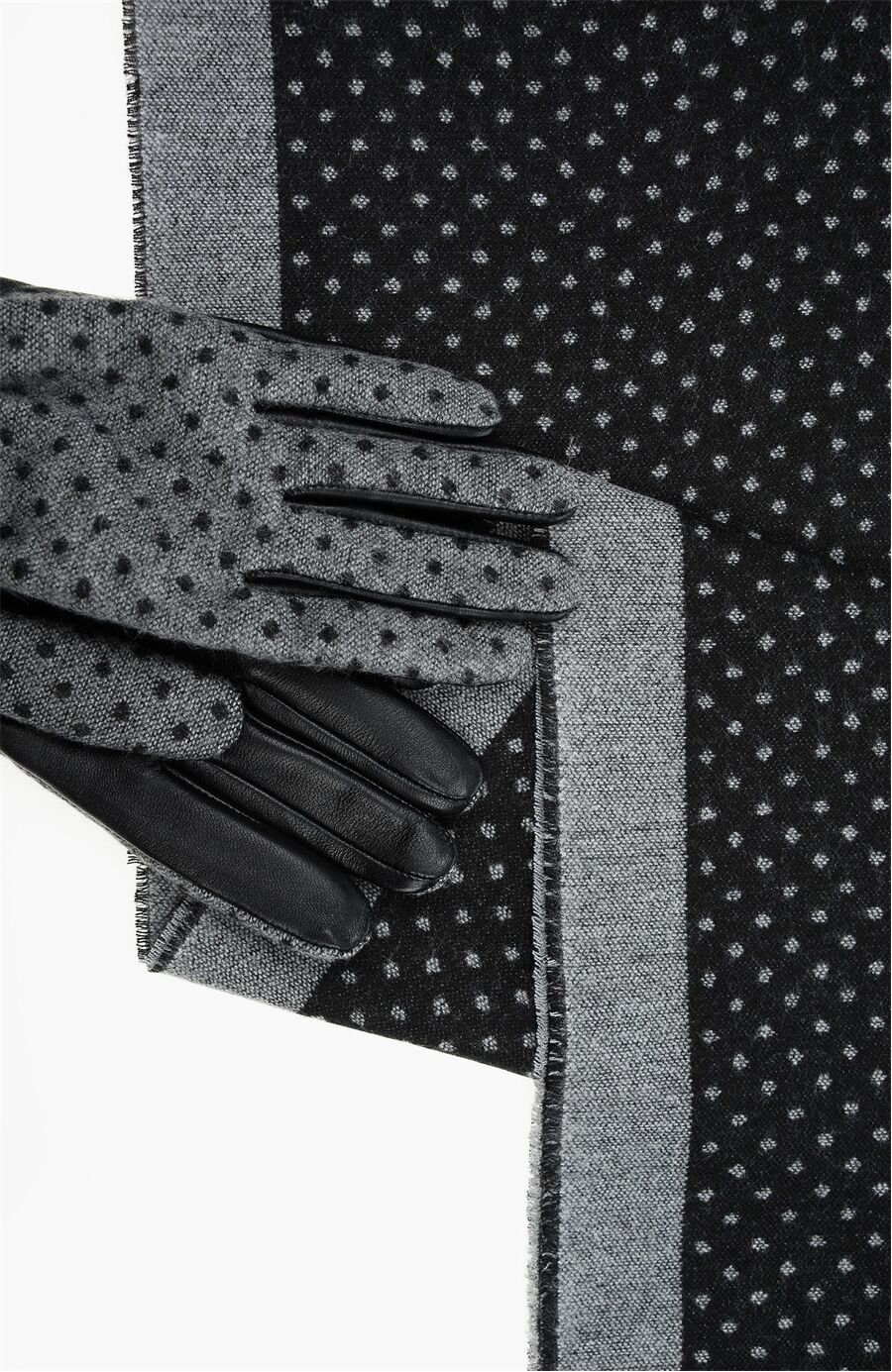 Gri Atkı + Kadın Eldiven Set