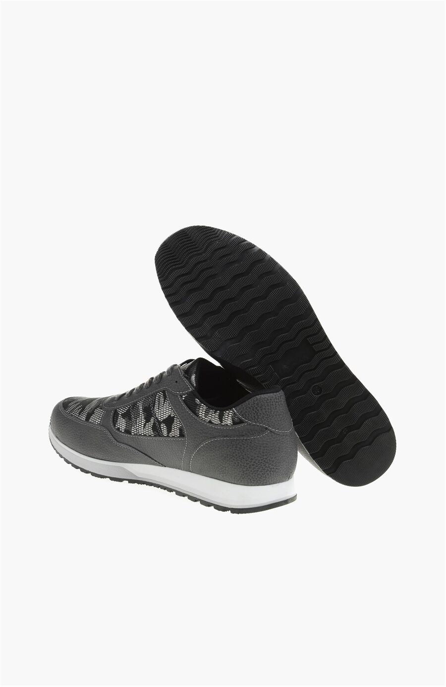 Gri Sneaker
