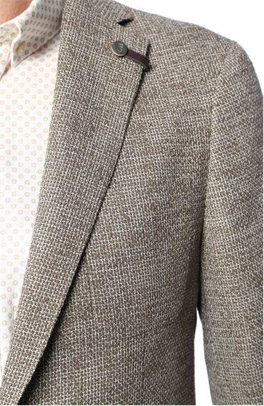 Jakarlı Açık Kahverengi Ceket