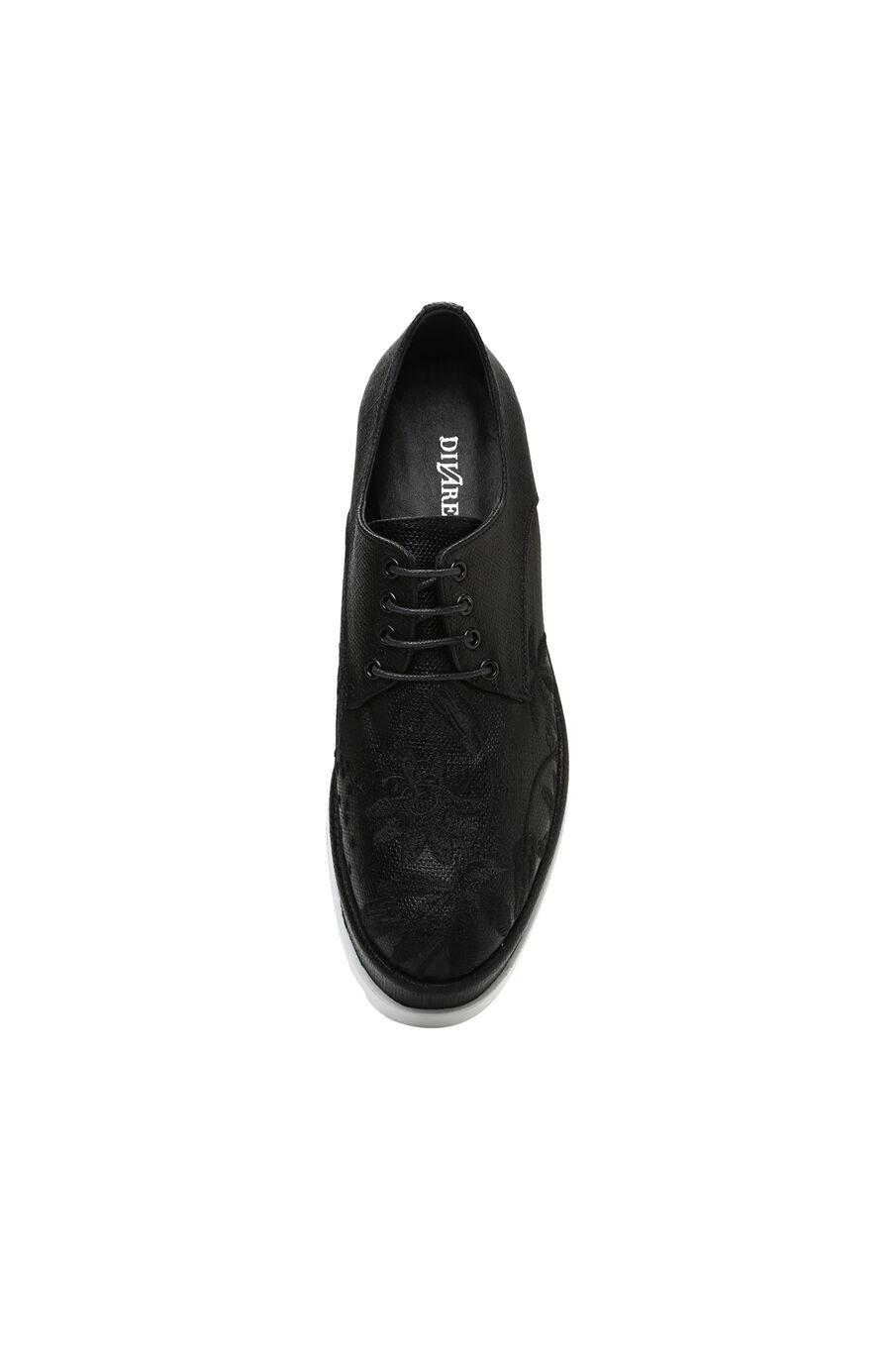 Nakışlı Siyah Ayakkabı