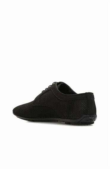Delikli Siyah Ayakkabı