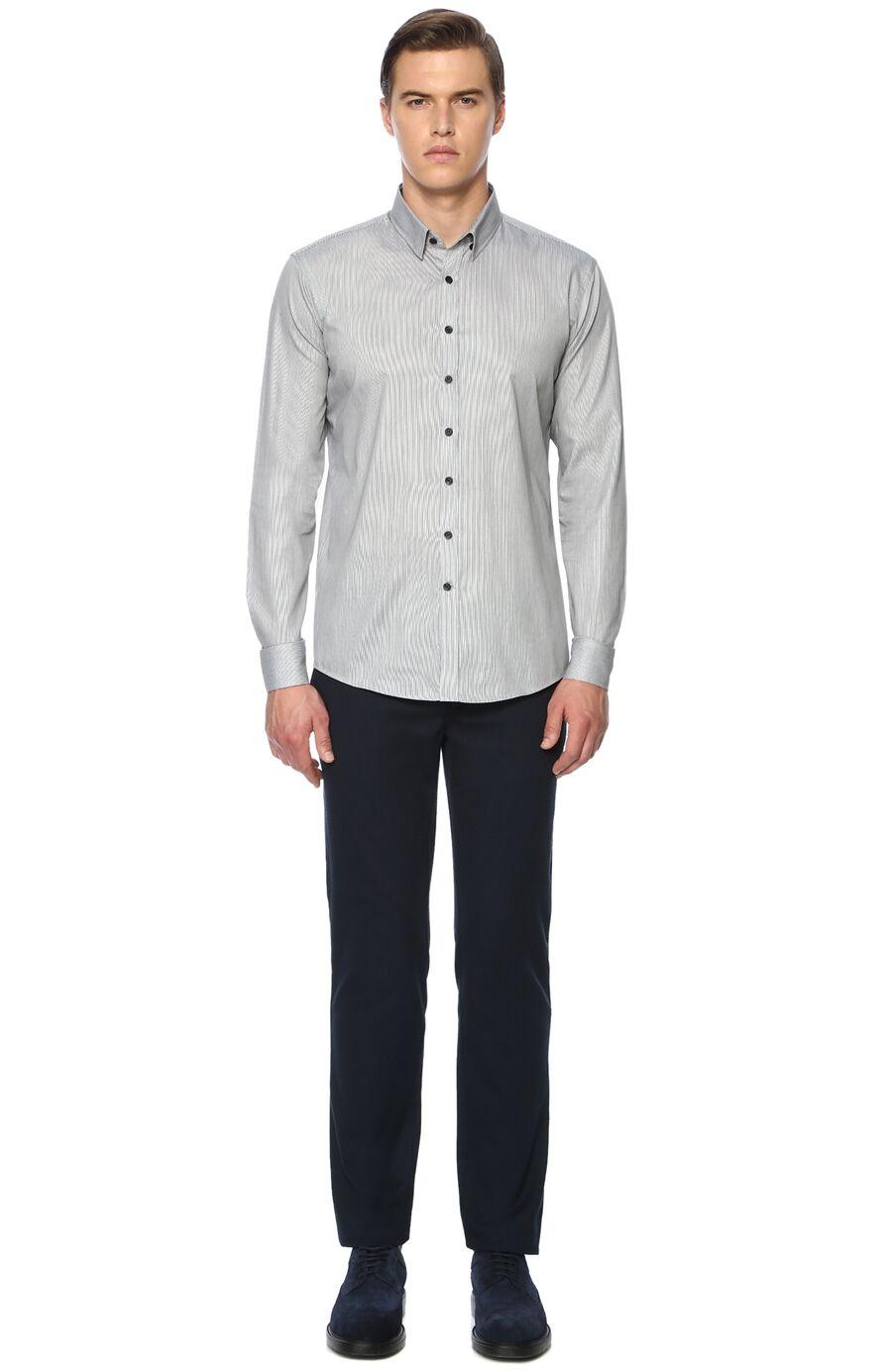 Çizgili Siyah Beyaz Gömlek
