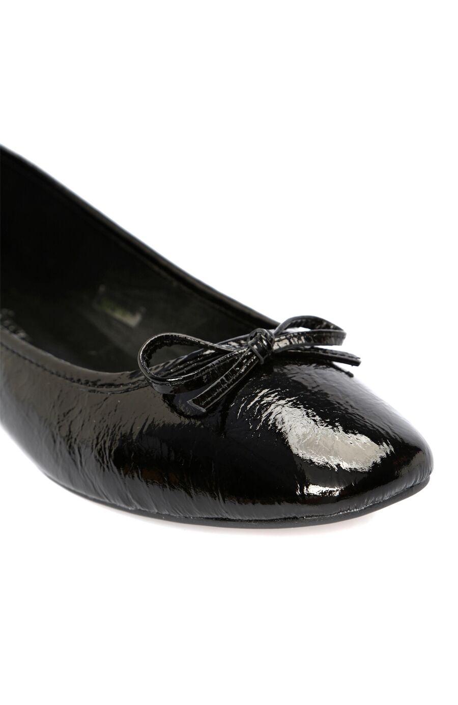 Siyah Rugan Kadın Babet