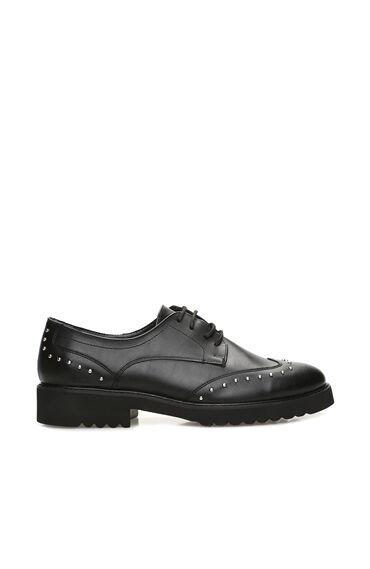 Troklu Siyah Kadın Ayakkabı