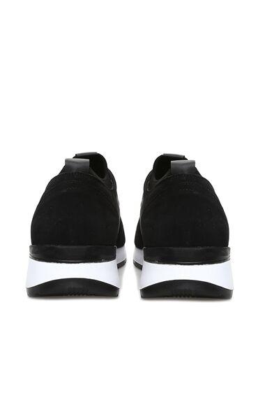 Siyah Cırt Bantlı Sneaker
