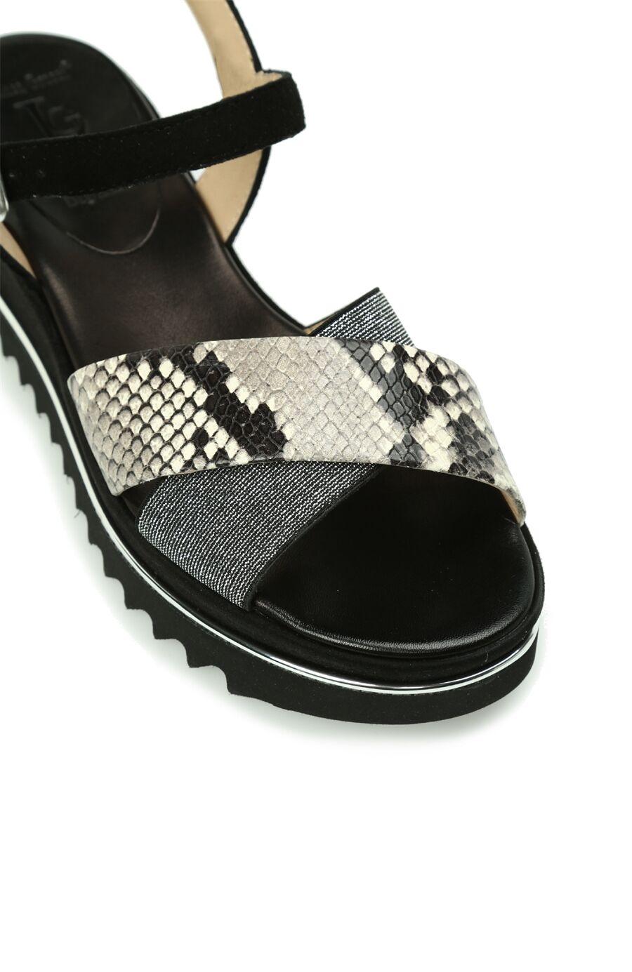 Yılan Baskı Siyah Kadın Sandalet