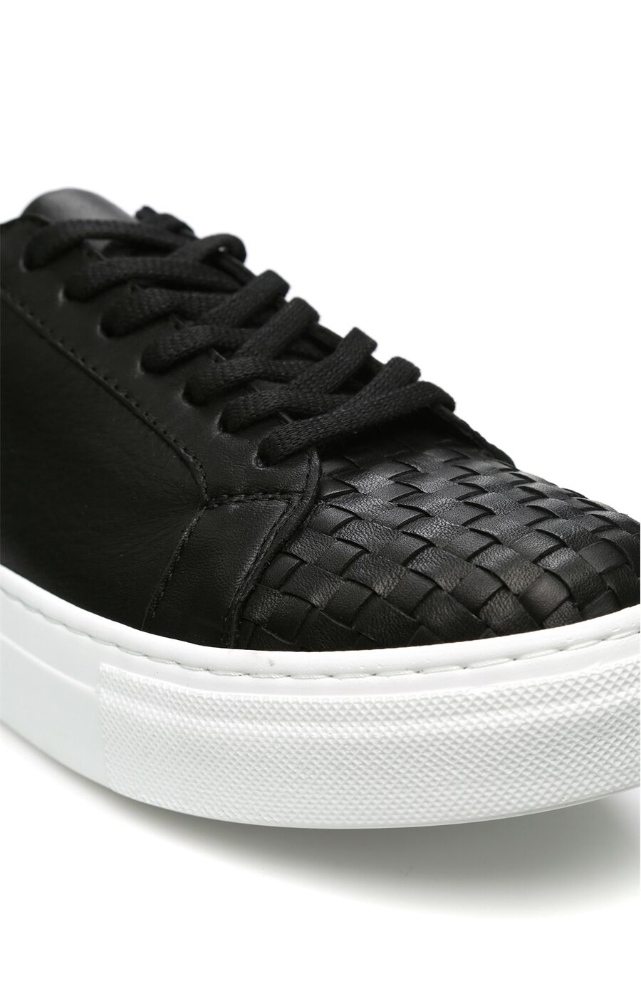 Örgü Siyah Ayakkabı
