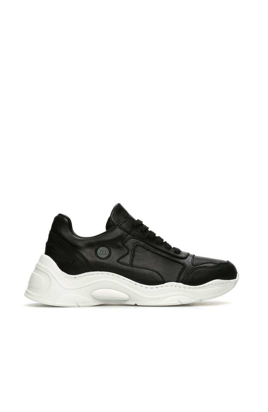 Siyah Kalın Tabanlı Kadın Deri Sneaker