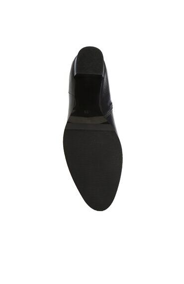 Siyah İp Detaylı Topuklu Deri Bot