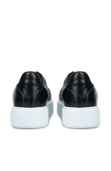 Siyah Delik Dokulu Kadın Sneaker