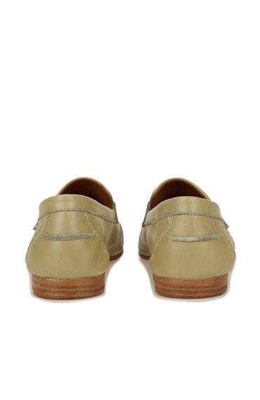 Yeşil Zincir Bantlı Kadın Deri Loafer